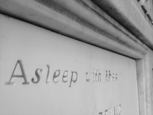 asleepwiththee_4958