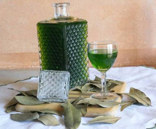 liquore_di_alloro-1.jpg