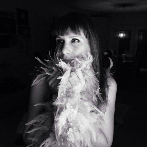 me-francesca-bianchi-perfumes-feathers-black-white