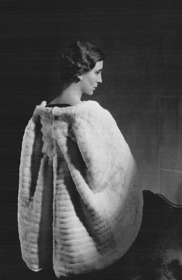 princess-marina-of-greece-wearing-a-molyneux-cape-horst-p-horst.jpg