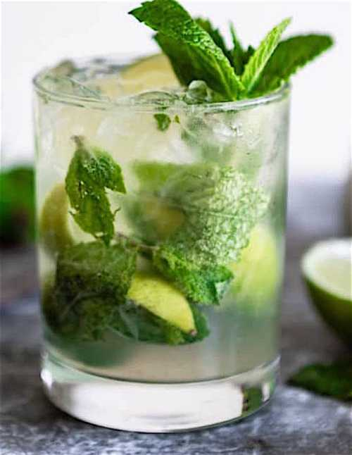 Mojito-Cocktail-Recipe-Culinary-Hill-LR-square.jpg